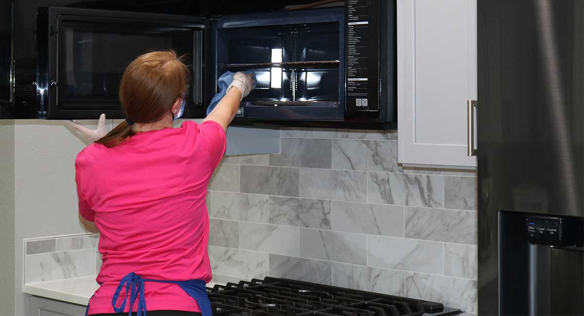 removing-grease-clean-and-simple-cleaning